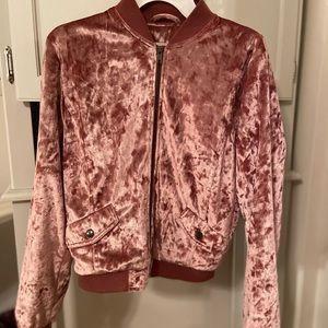 pink bomber jacket 💕💕
